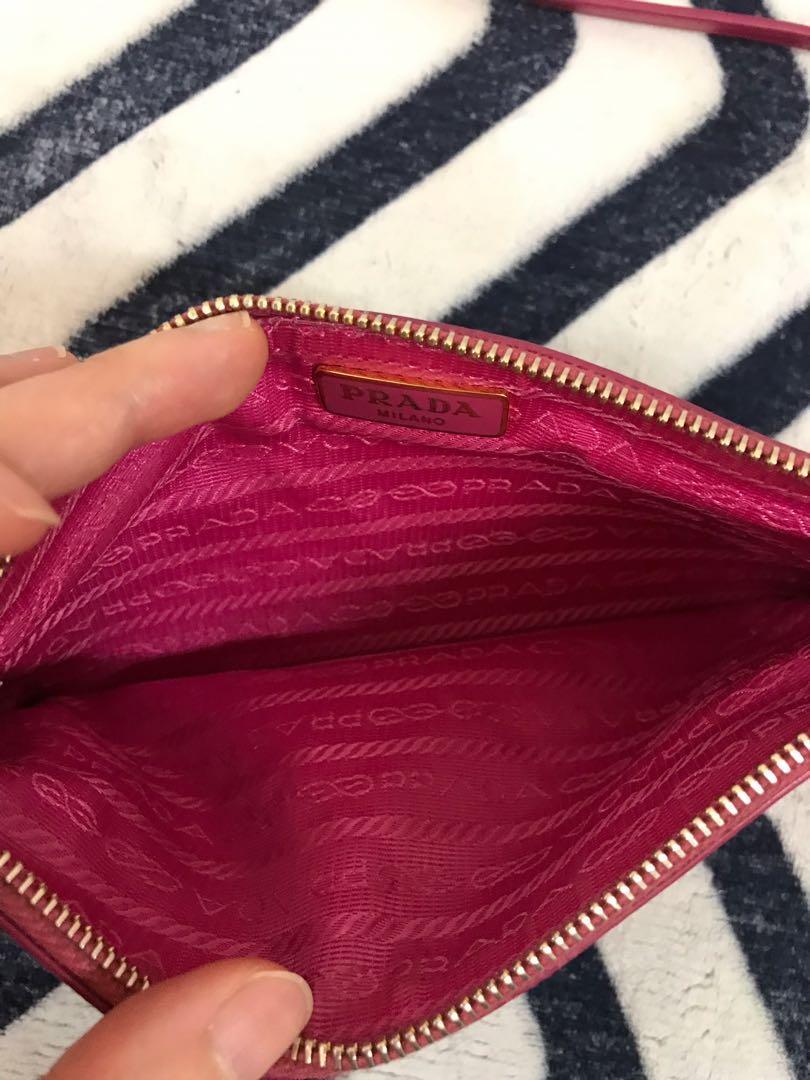 正版 PRADA 🎀 桃粉色真皮肩背包
