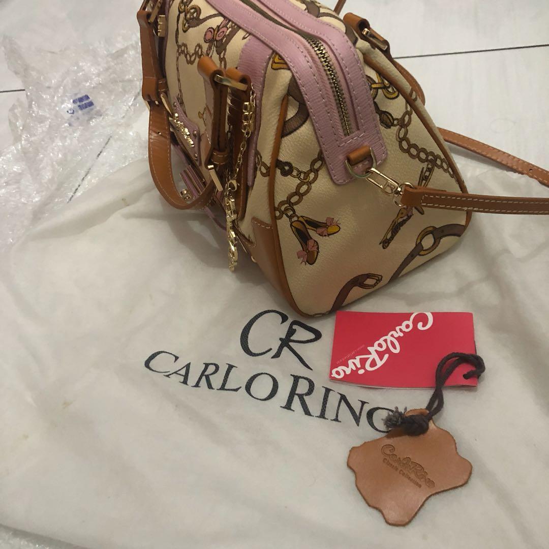 Carlorino ( ini anak perusahaan Bonia yah sis.... Bahan oke like Bonia)