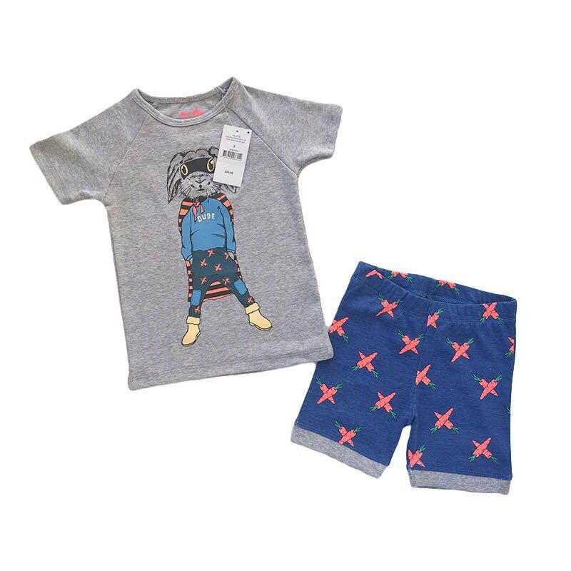 BNWT life /& legend boys top and bottom set SIZE 2 3 YEARS free P/&P