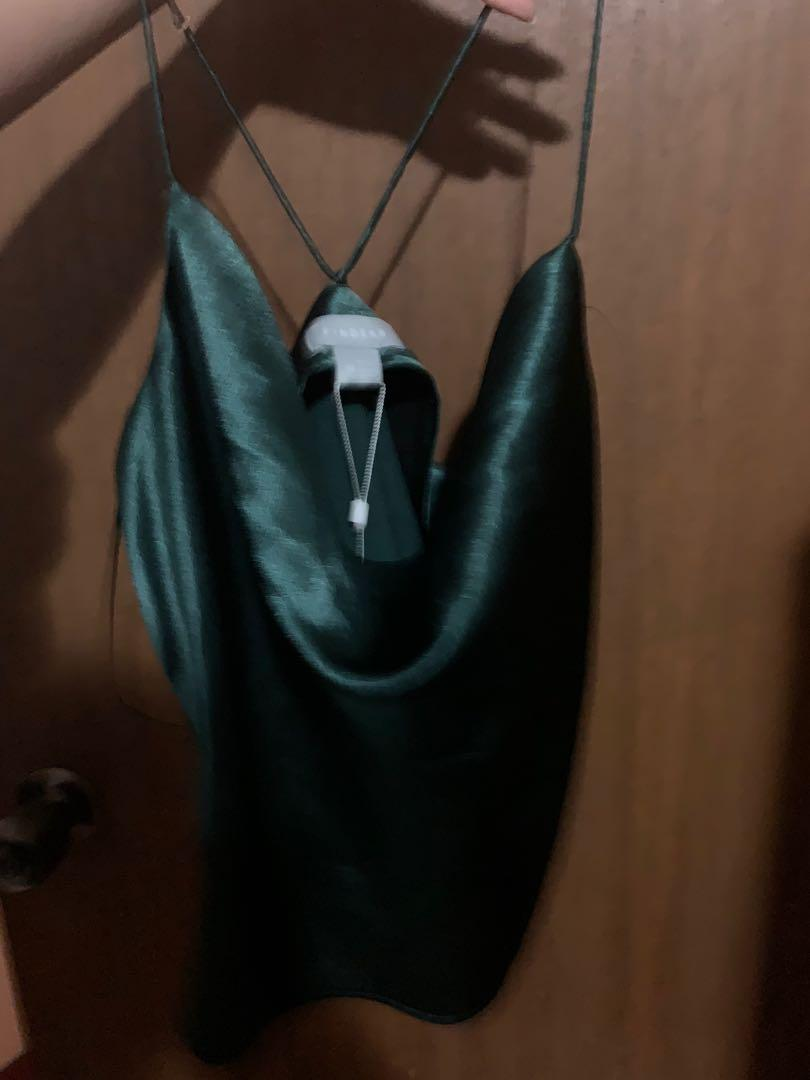 Finders keepers songbird cami emerald green top medium