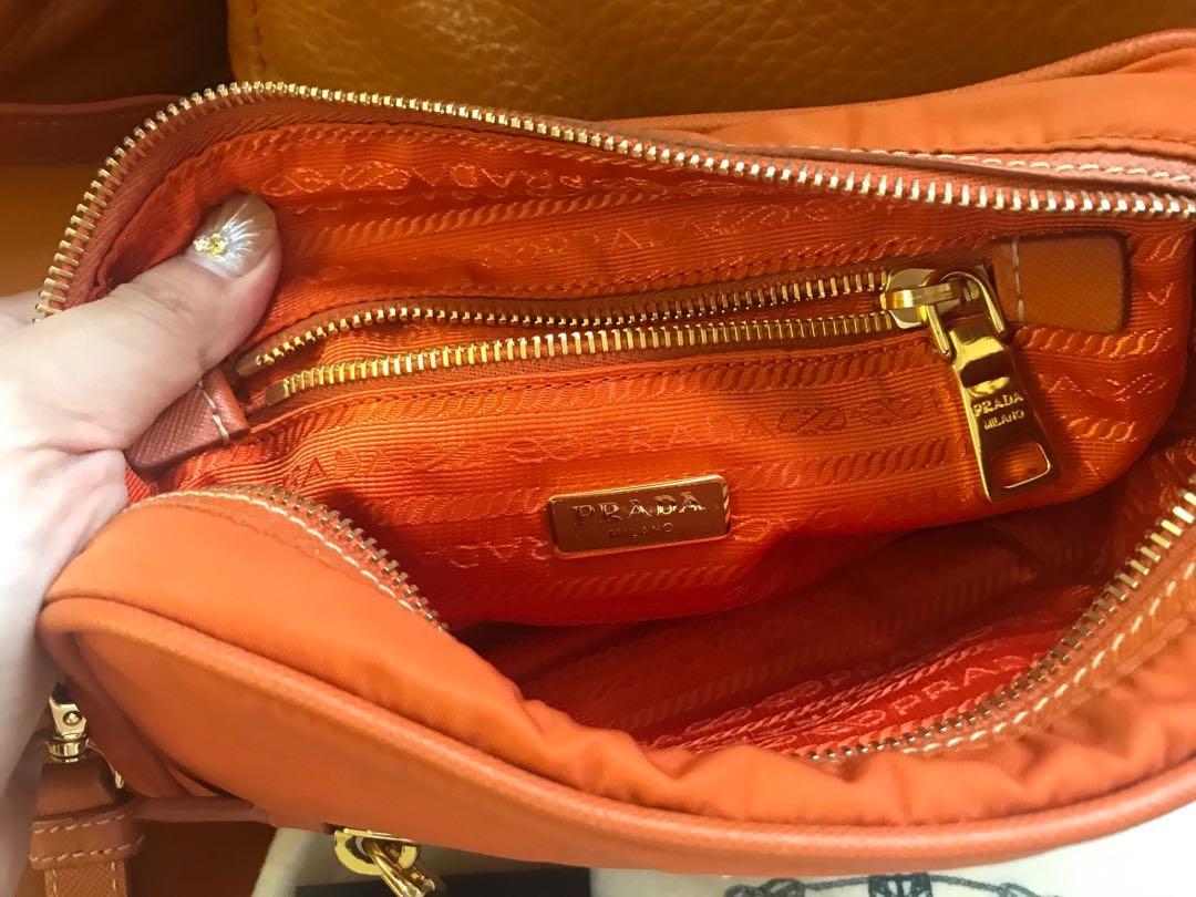 PRADA Bag 小型袋仔款$2700
