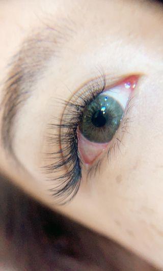 🚚 Eyelashes extensions & eyebrows
