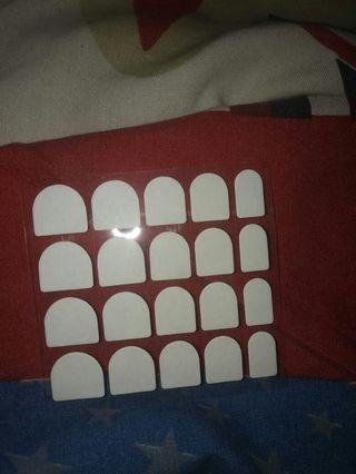 Lem stiker kuku palsu