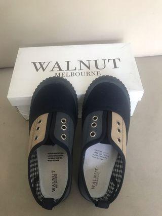 Sepatu anak walnut melbourne