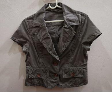 VOIR Women's Khaki Green Short Sleeve Jacket
