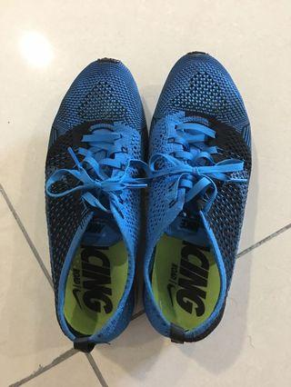 Nike Running Shoes flyknit size 8