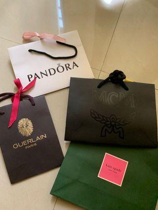 Pandora Paperbag