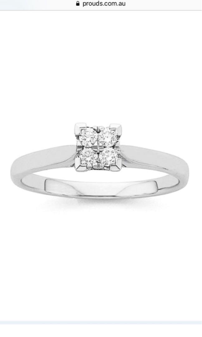 9ct white gold diamond