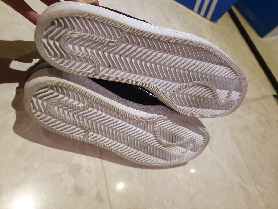 adidas tubular dawn giá