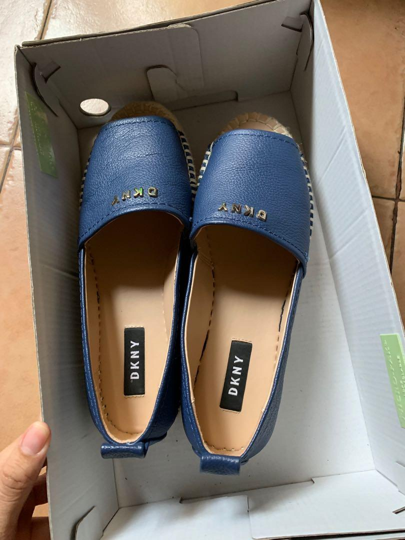 Authentic Wedges DKNY