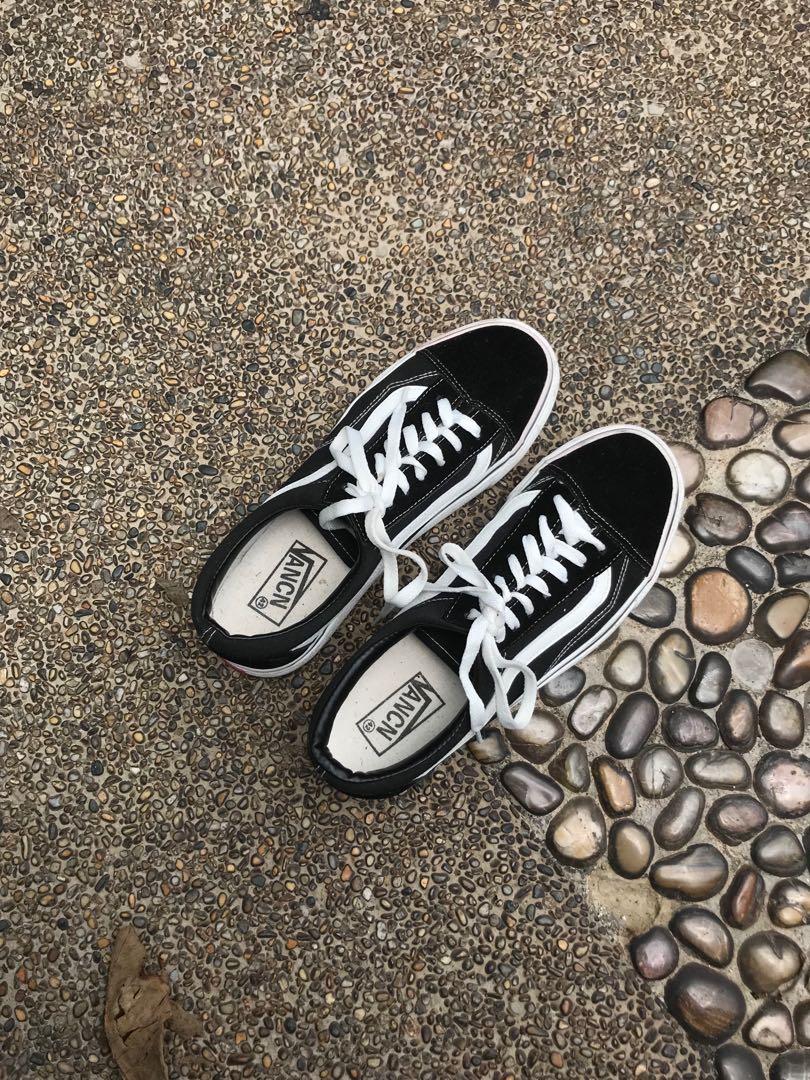 vans old skool, Men's Fashion, Footwear
