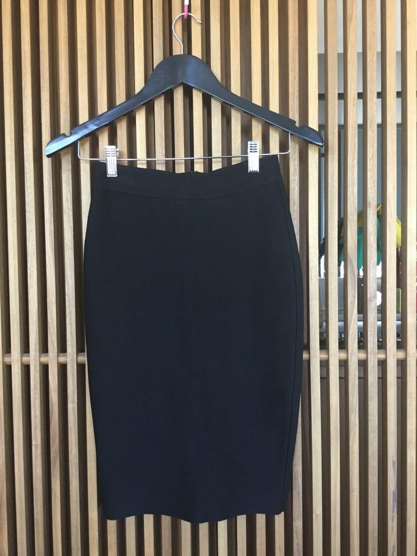 Misha Collection Black Fitted Skirt Size Small RRP $240 Excellent condition