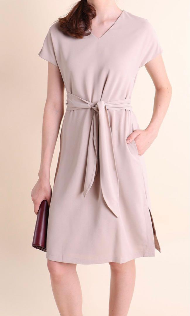 Neonmello Habiska Sleeve Waist-Tie Midi Dress in Oat