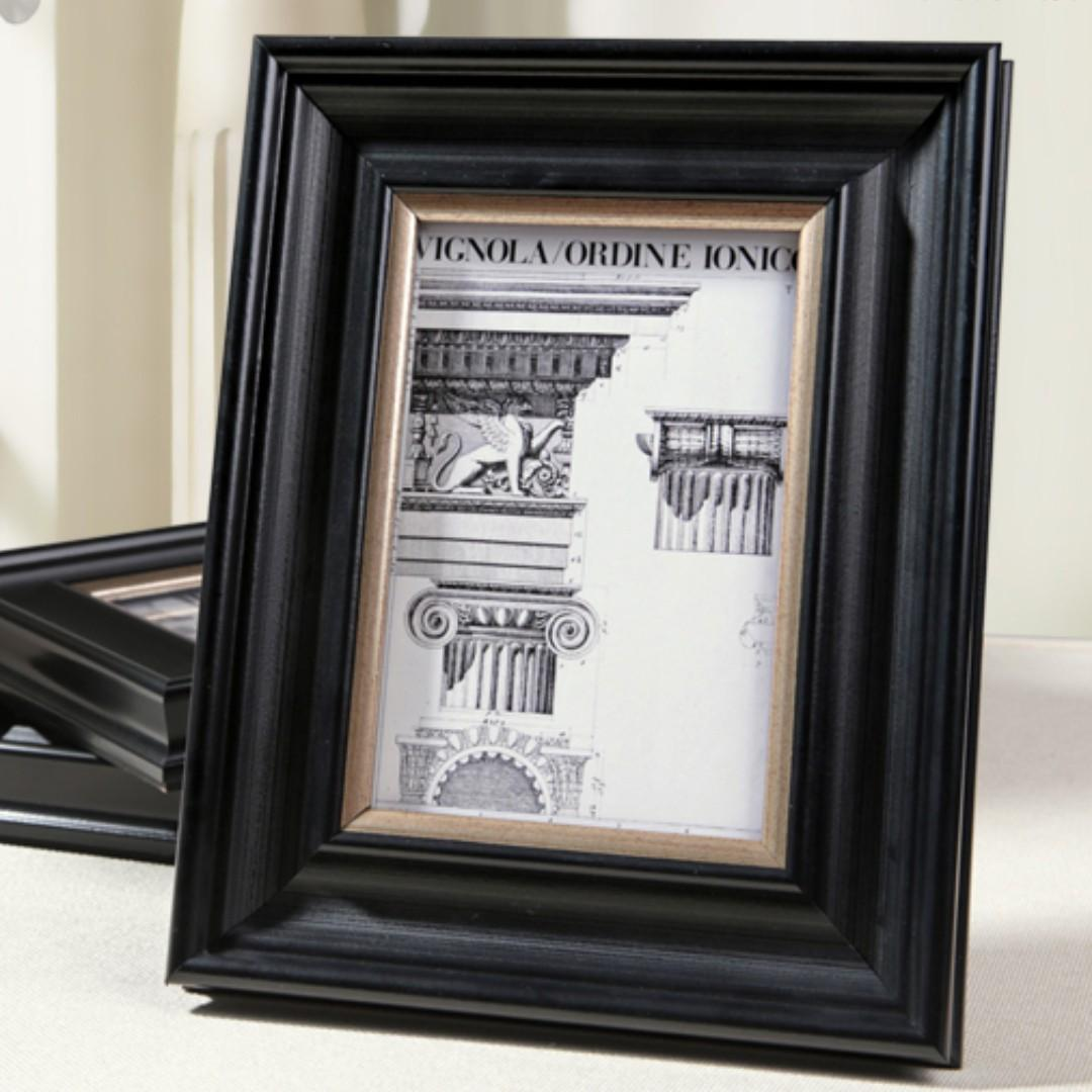 RENTAL: D203 BLACK PHOTO FRAME