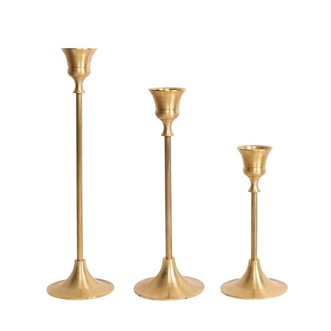 RENTAL: D205 GOLD CANDLE HOLDER (3 IN A SET)