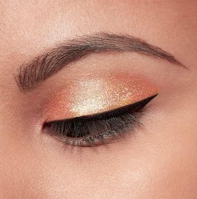 Stila Magnificent Metals Glitter & Glow Liquid Eye Shadow in Dollish