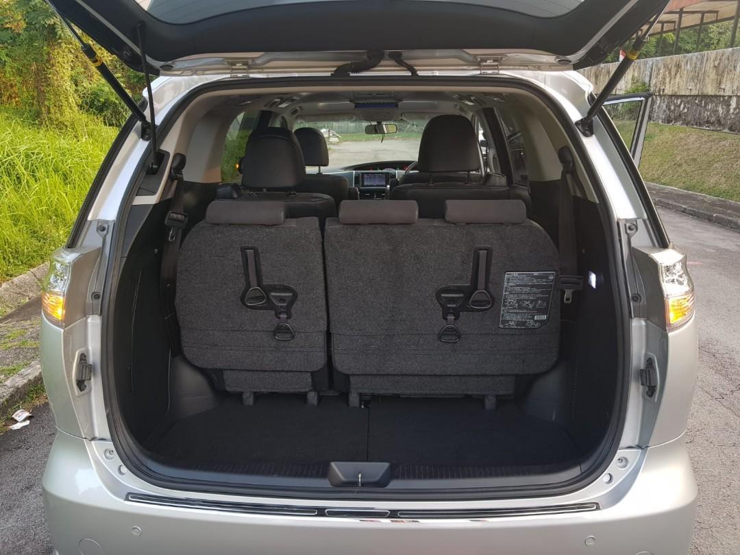 Toyota Estima 2.4 Aeras Premium Moonroof Facelift Auto