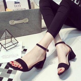 Ready stock strap heels