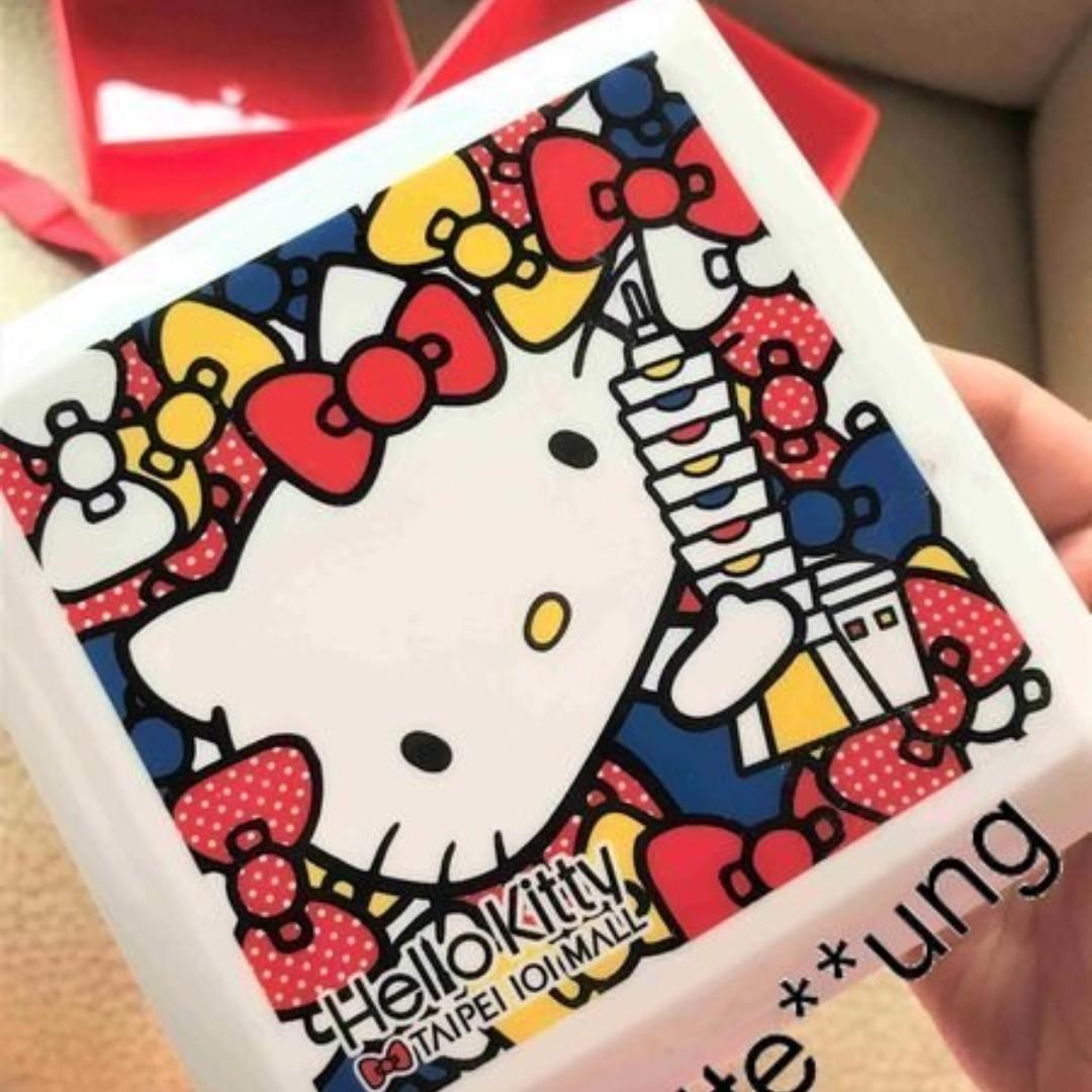 台北101正品 TaiPei Sanrio HelloKitty Hello Kitty 吉蒂貓餐盒 飯盒 Lunch Box 可放微波爐