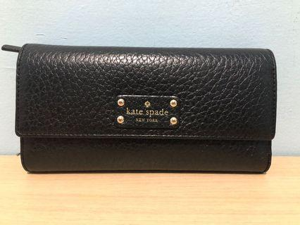 Kate Spade Wallet Sandra Wallet with defect (last pict)
