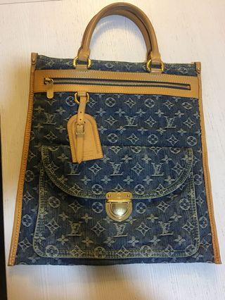 Louis Vuitton monogram denim canvas flat shopper ( unisex )