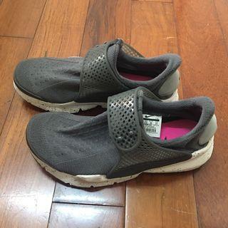 Nike sock dart 潑墨灰 23