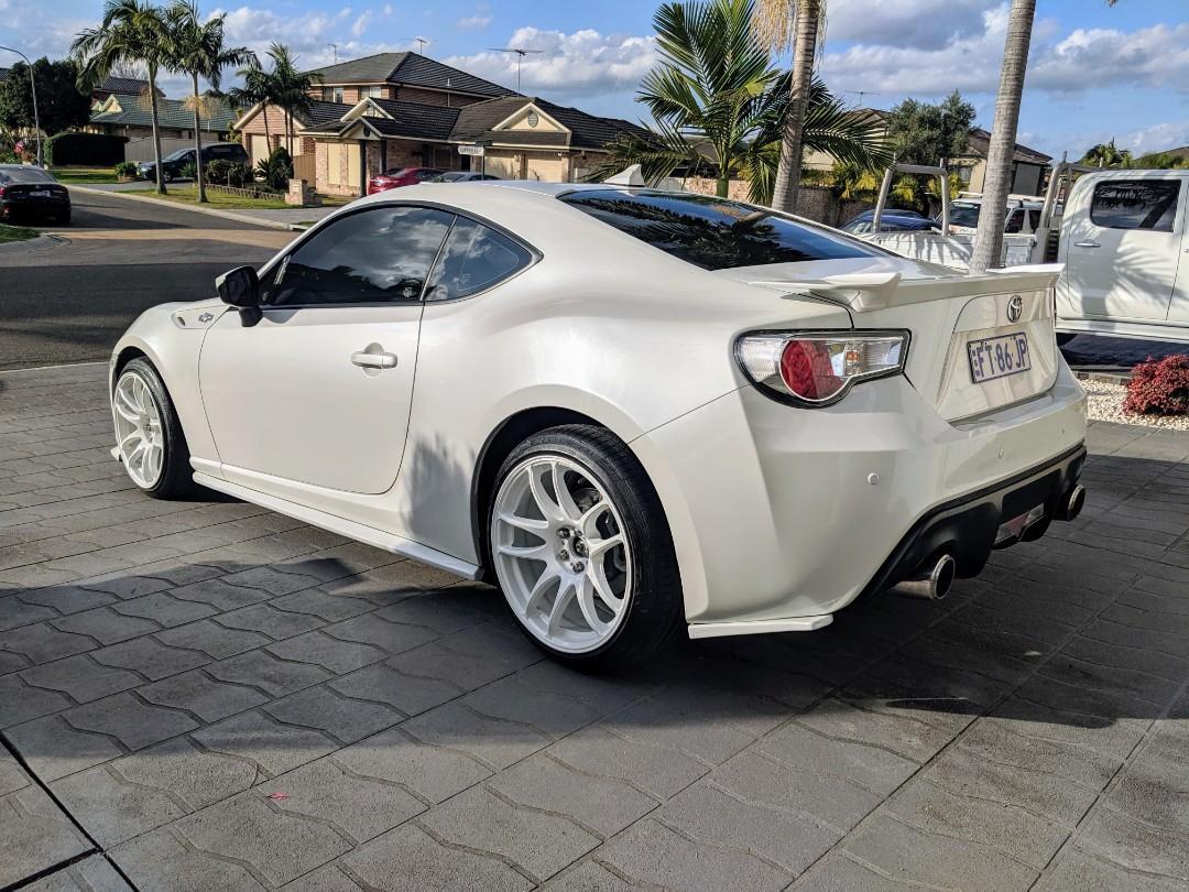 2014 Toyota 86 GTS - automatic
