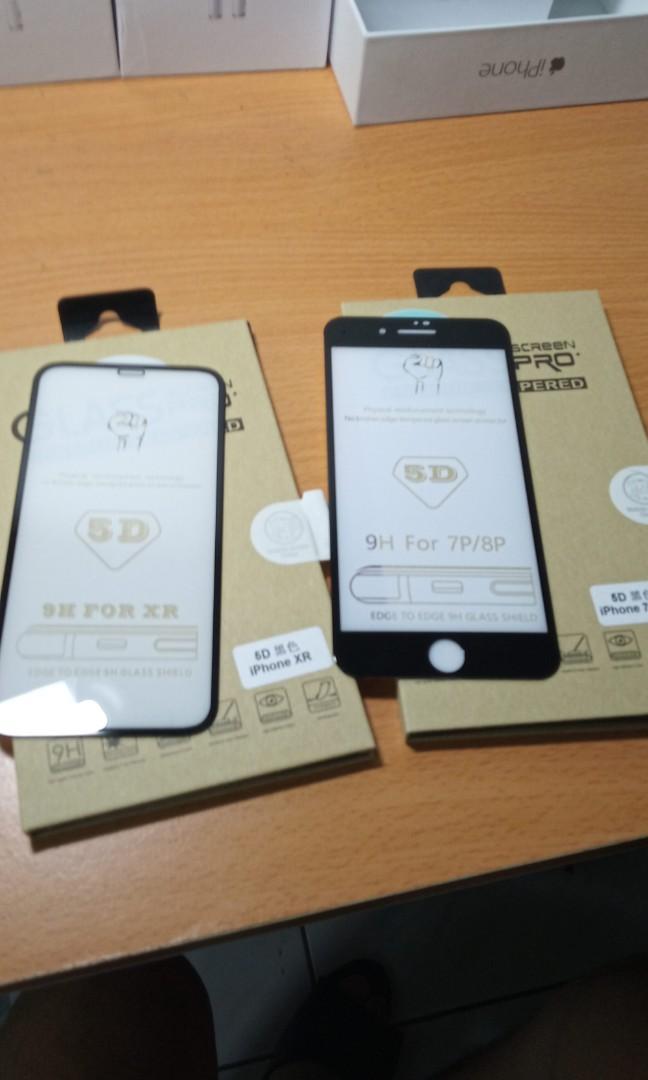 5D保護貼,貼上去螢幕跟新的一樣