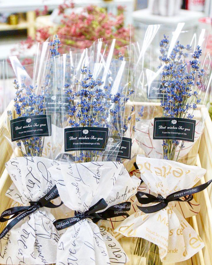 Dried lavender flower bouquet