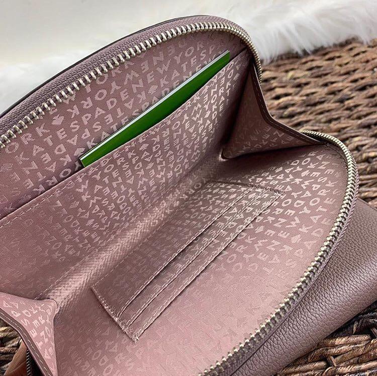 Kate Spade Shara Larchmont Aveneu Clutch Wallet Cosmetic Bag in Light Walnut