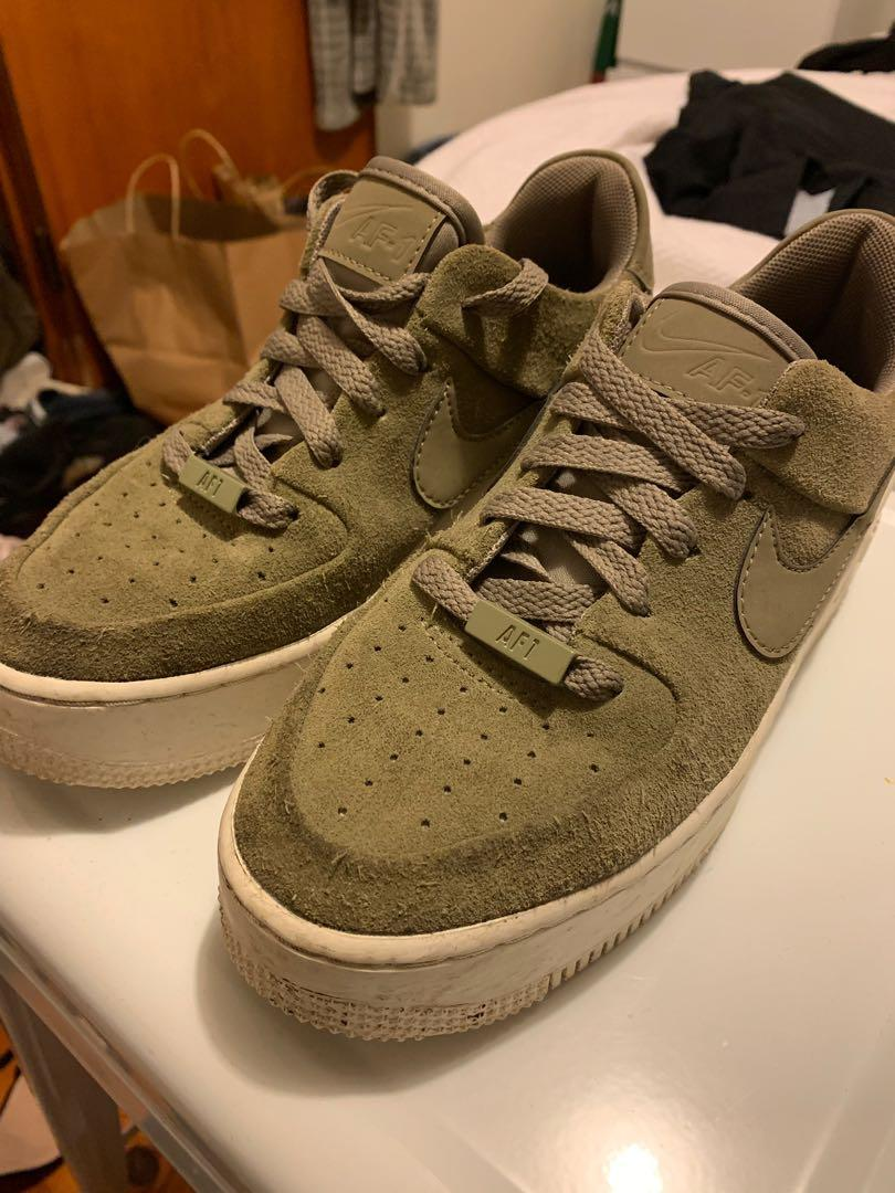 Nike Shoes ! Size 36.5