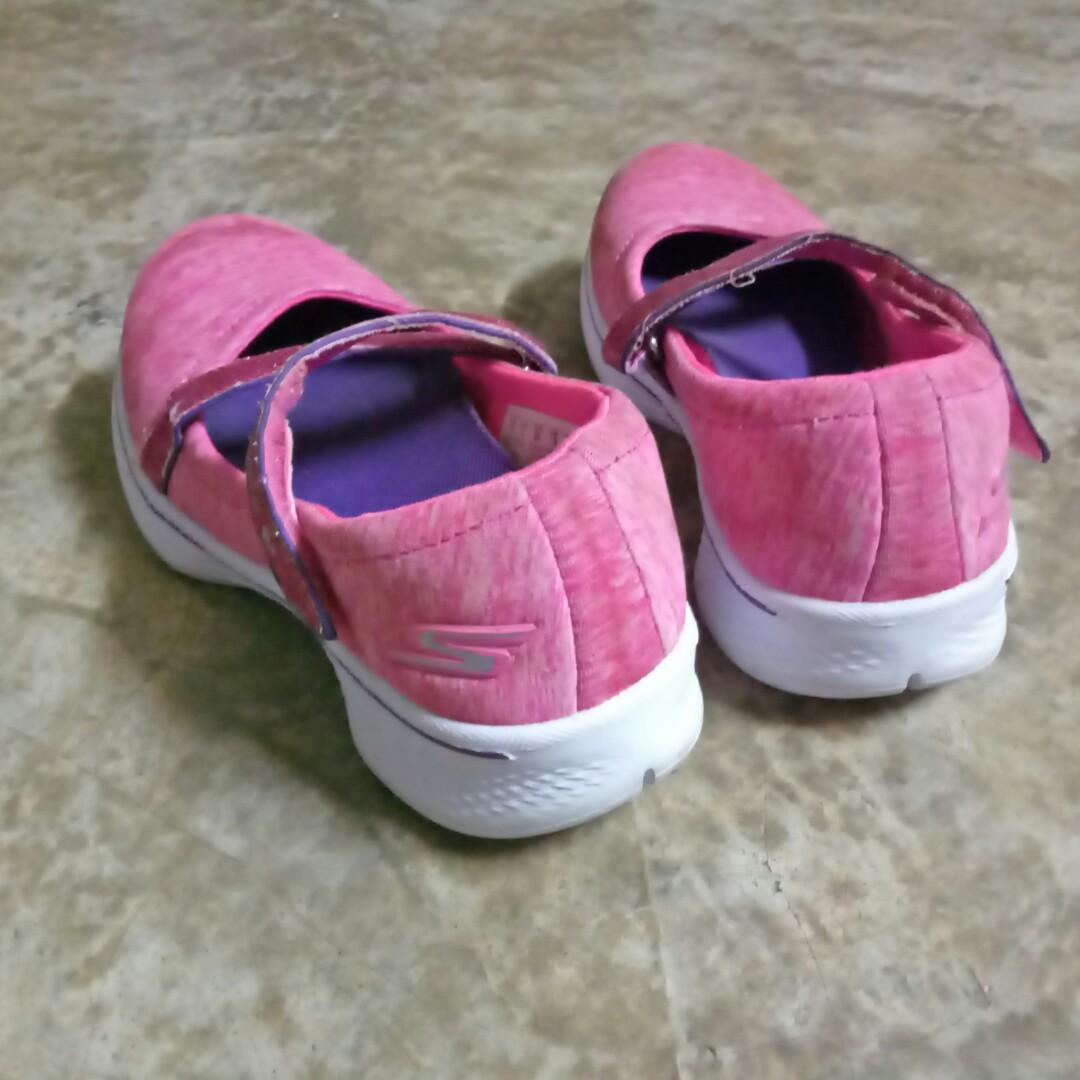 8f329e694ee7a Skechers shoes on Carousell