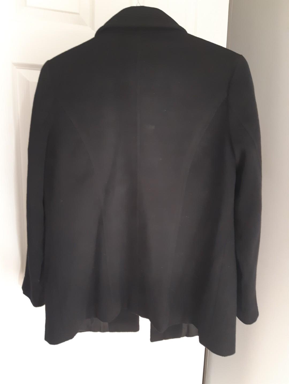 Soft and light black jacket