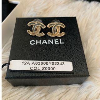 AUTHENTIC Chanel GOLD 2 Toned signature earring