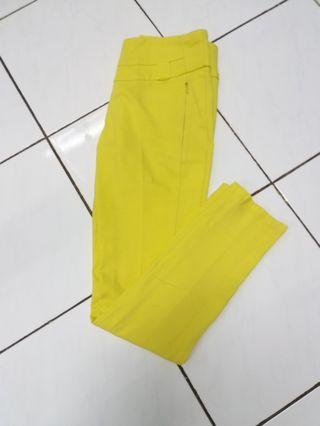 #joinagustus Celana pensil wanita yellow