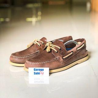 USED--Sperry leather shoes--US9