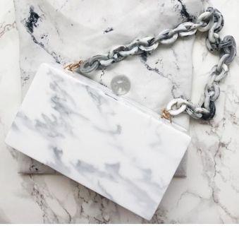 Marble clutch (tas pesta)