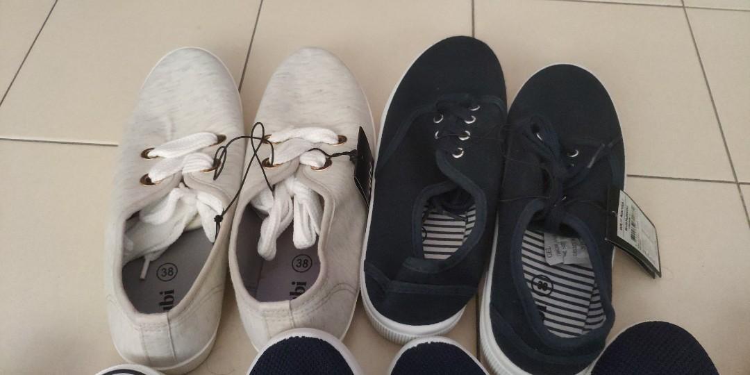 BN Sneakers