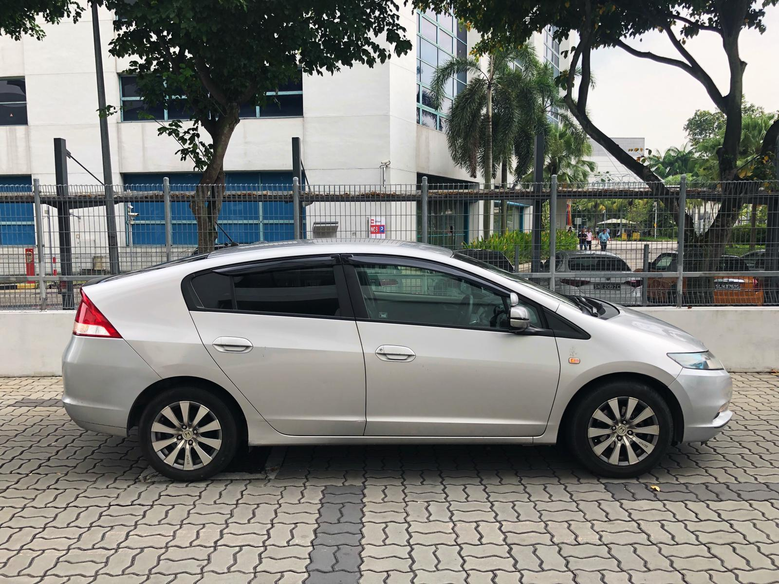 Honda Insight Hybrid 1.3a *after gojek rebate $240 per week.*honda toyota altis allion jazz camry hyundai avantesuitable for grab gojek n personal use.