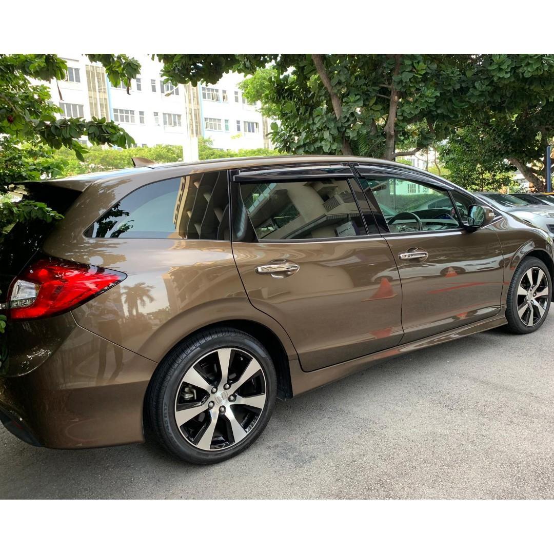 Honda Jade 1.5 RS (7 Seater) Auto