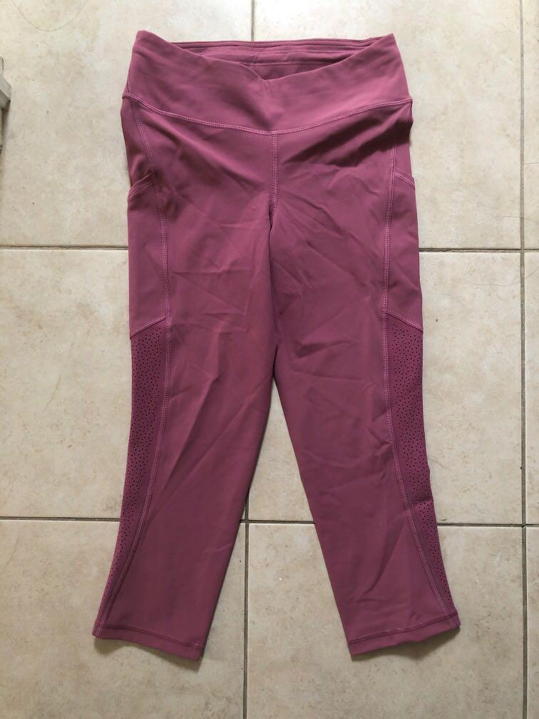"Lululemon Size 6 - Ready to Race Crop (21"") - Mauve"