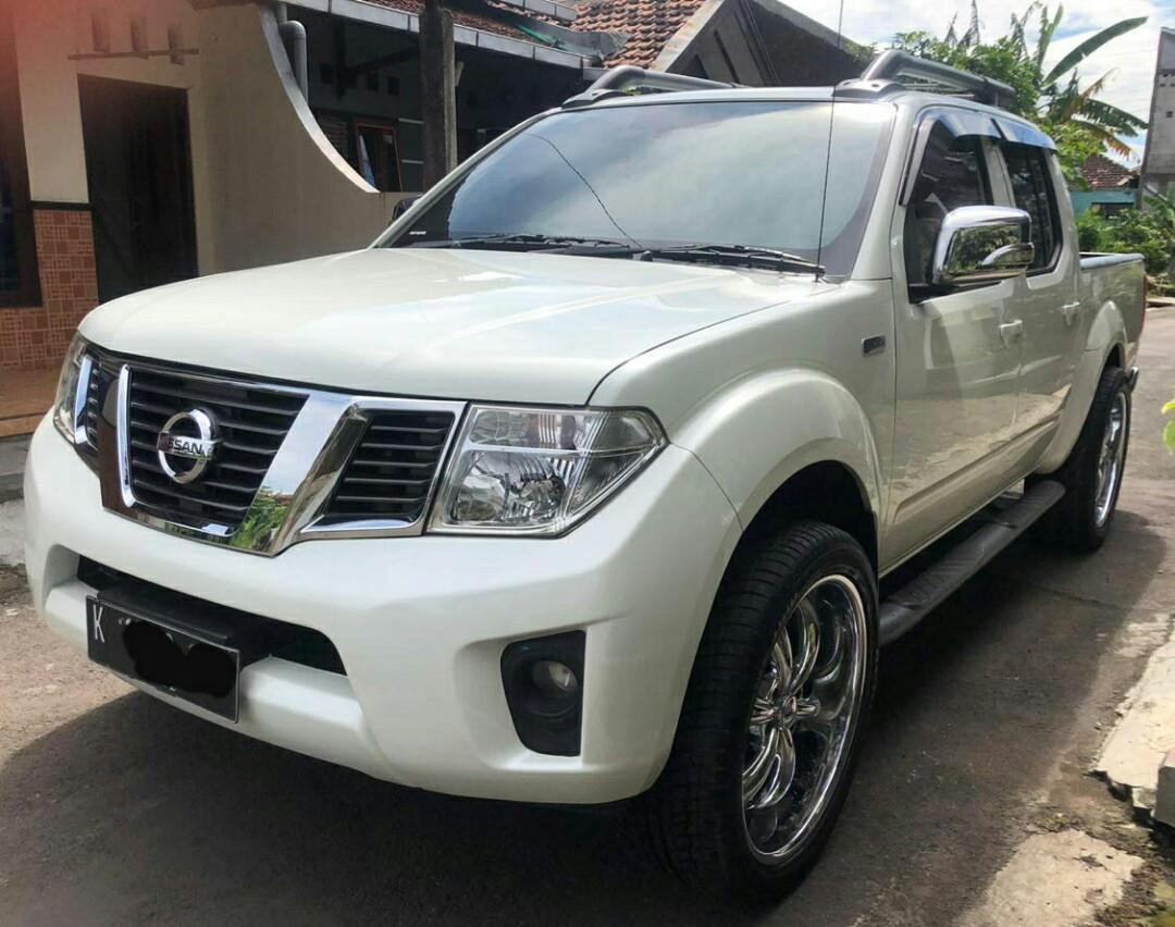 Nissan Navara 4x4 Sports Version 2012 Matik Warna Putih