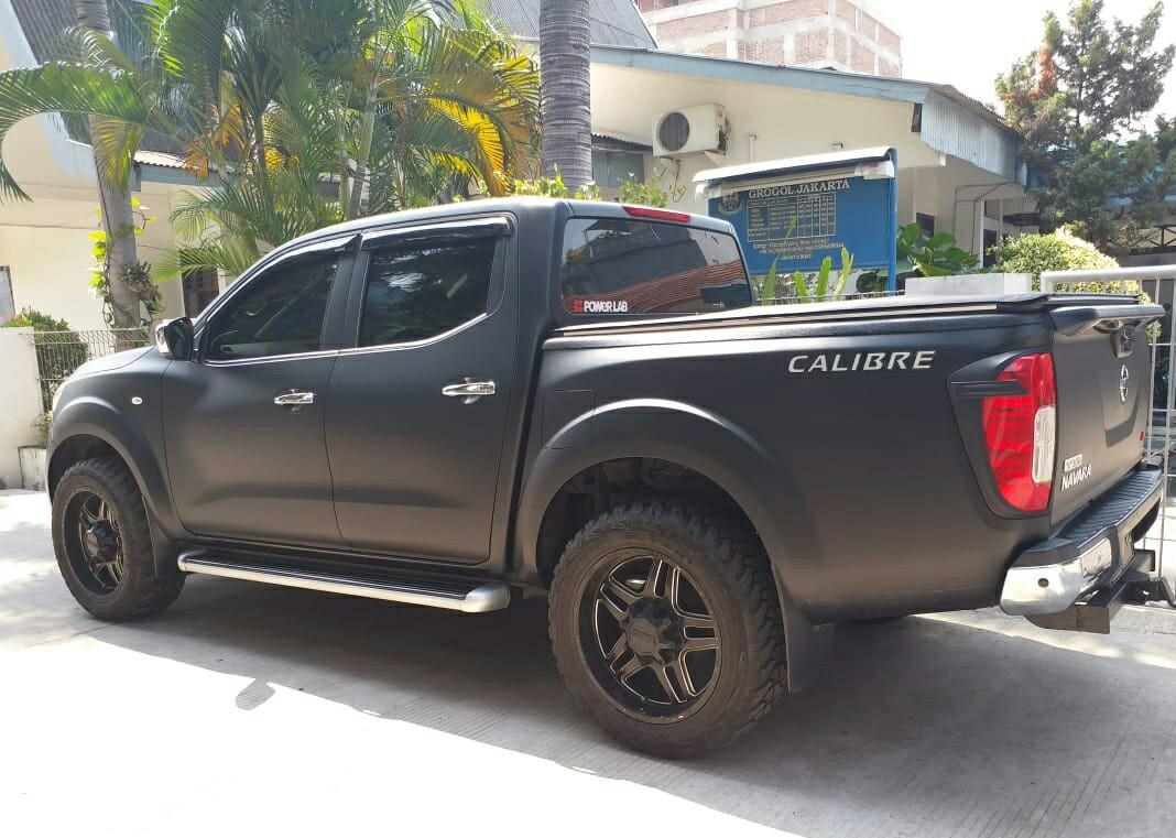 Nissan Navara Double Cabin 2014 Diesel 4x4, Hitam Doff