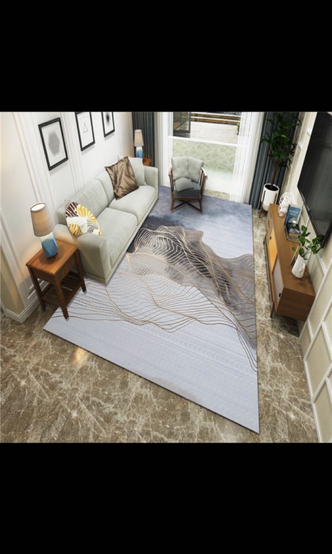 Used 2hours 2.8m x 1.8m huge carpet
