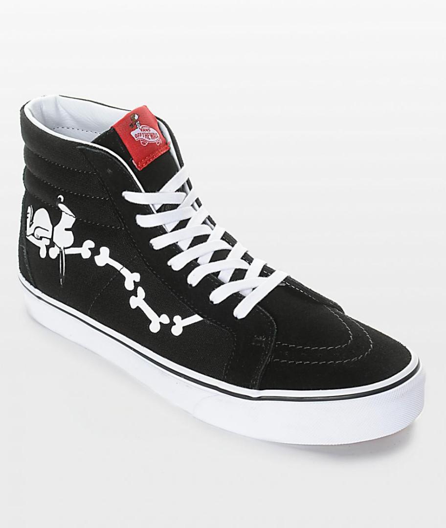 ecuación operación Sandalias  Vans Snoopy Bones Shoe, Men's Fashion, Footwear, Sneakers on Carousell