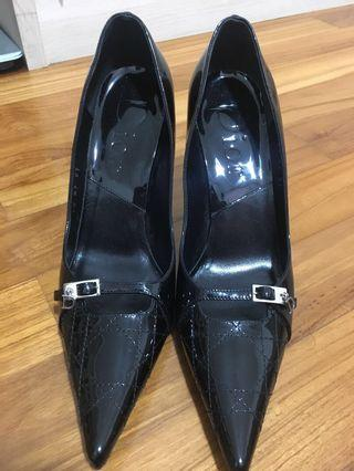 DIOR black patent pointed shoes
