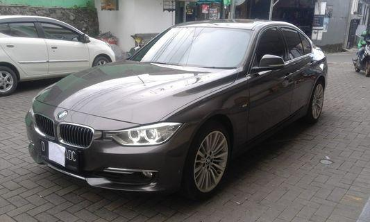 BMW F30 328i Havana Brown on Black Luxury Line (2014) Pemakaian 2015 Excellent Condition