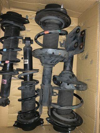 Subaru Levorg MY16 stock suspension