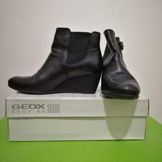 Geox Respira Italian Patent Men's Shoes on Carousell