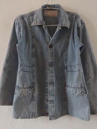 Jaket Jeans Grey Denim Levis Clothes Tops Atasan Outer Pakaian Baju Kaos #LalaMoveCarousell #HBDCarousell